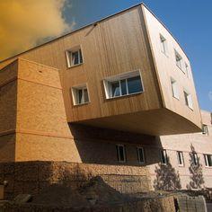 Triodos Bank - Sede Central en Zeist, Holanda. En 2006 se inaugura la nueva sede central internacional de Triodos Bank en Zeist, Holanda. Un edificio de bioconstrucción que cumple los máximos criterios de sostenibilidad y eficiencia energética.