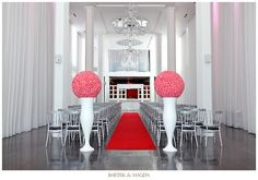I love this simple aisle, with the boldness of the two aisle arrangements. Not hot pink though! White on White would be nice. Wedding Aisles, Wedding Church Aisle, Best Wedding Venues, Wedding Ceremony Decorations, Aisle Decorations, Wedding Ceremonies, Trendy Wedding, Floral Wedding, Dream Wedding