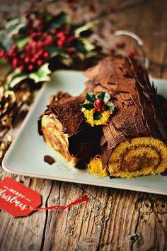 Sweet Recipes, Cake Recipes, Dessert Recipes, Holiday Cakes, Christmas Cakes, Book Cakes, Yule Log, Chocolate Decorations, Portuguese Recipes