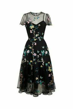 Oasis, V & A Besticktes Netzkleid Multi Black 0 - Mily vestido - kleidung frauen sommer 2019 Boho Outfits, Pretty Outfits, Pretty Dresses, Beautiful Dresses, Cute Outfits, Fashion Outfits, Awesome Dresses, New Outfits, Boho Dress