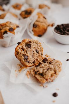 Banana Oatmeal Muffins, Banana Chocolate Chip Muffins, Chocolate Chips, Healthy Muffin Recipes, Healthy Meals, Breakfast Recipes, Bread Bar, Cupcake Cakes, Cupcakes