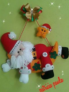 Ideas y diseños de Papa Noel para decorar en Navidad Felt Christmas Decorations, Christmas Fabric, Christmas Diy, Vintage … Grapevine Christmas, Christmas Ornaments To Make, Christmas Sewing, Christmas Fabric, Christmas Art, Christmas Stockings, Christmas Holidays, Felt Decorations, Christmas Decorations