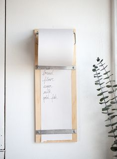DIY Wood Shopping List Pad - also great on a larger scale for a wall-mounted easel with kraft paper