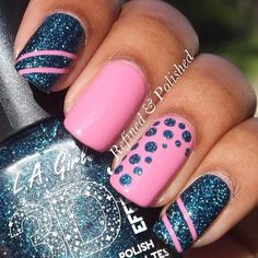 If you want a unique and stylish design, then consider polishing your nails with dots and stripes nail art design. Here are the best ideas for a joyful spring designs on your nails. New Year's Nails, Get Nails, Fancy Nails, How To Do Nails, Striped Nail Designs, Striped Nails, Cute Nail Designs, Pedicure Designs, Awesome Designs