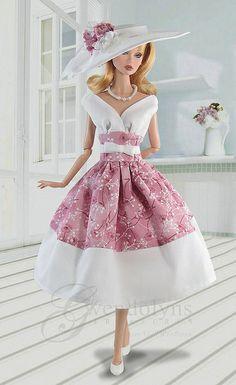 Barbie® Retro Dress and Hat Sets fits Poppy Beautiful Barbie Dolls, Vintage Barbie Dolls, Mode Outfits, Retro Outfits, Barbie Dress, Barbie Clothes, Barbie Outfits, Vestidos Chiffon, Barbie Patterns