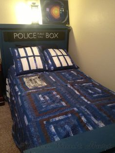 TARDIS Bed and quilt