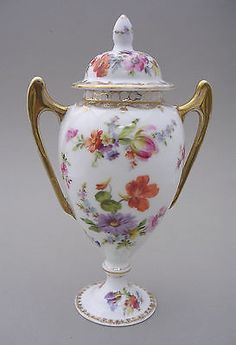 DRESDEN-PORCELAIN-TWIN-HANDLED-VASE-AND-COVER