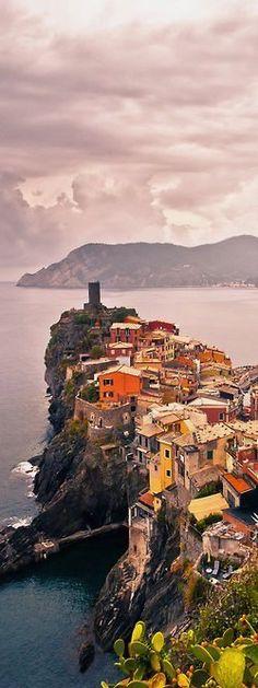 Vernazza, Cinque Terre, Italy #travel jd