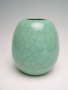 Beautiful Emerald Vase   letsgetmuddy etsy