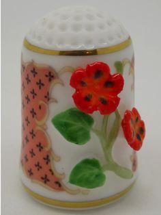 Nasturtium Flower - Flor de la Capuchina.  Franklin Porcelain.  Thimble-Dedal-Fingerhut.