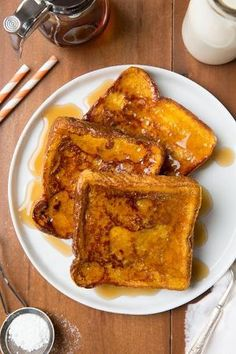 Pumpkin French Toast - the perfect Fall breakfast and it's so easy to make! by viola