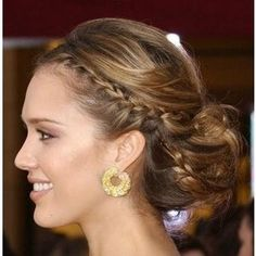 Jessica Alba - the way I did my hair for my sister's wedding (@Justine Pocock Marie)