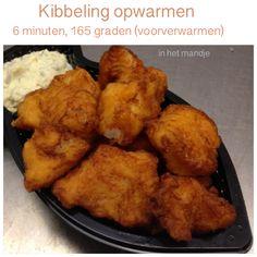 Kibbeling opwarmen in de Airfryer. 6 minuten, 165 graden. AK Cute Food, Good Food, Yummy Food, Actifry, Air Fryer Recipes, Tandoori Chicken, Ants, Food And Drink, Meals