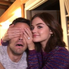 Lucy Hale and Ian Harding are so cute! PLL behind-the-scenes photos, Lucian, Ezria, Pretty Little Liars