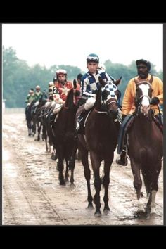Secretariat - Always fun to see a picture I've never seen before.