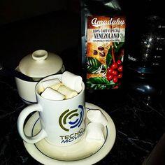 café de la merienda..de @amadahycafe con Marshmallows.. para cerrar esta semana
