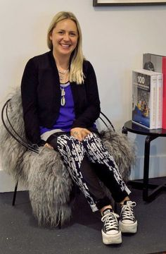 Lovely Sara Aspinall from #CompanyofStrangers - her insider Dunedin Shopping tips on Thread.co.nz Shopping Tips, How To Memorize Things, People, Projects, Style, Fashion, Log Projects, Swag, Moda