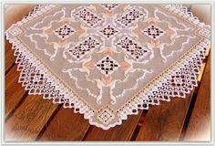 Hardanger Embroidery, Needlework, Bohemian Rug, Rugs, Home Decor, Farmhouse Rugs, Tutorials, Embroidery, Dressmaking