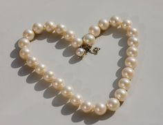 vintage pearls choker, Mallorca pearls choker, Majorica pearls necklace complete with original box by MICETTESVINTAGE on Etsy