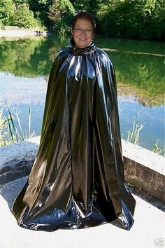 Vinyl Raincoat, Pvc Raincoat, Rain Cape, Capes & Ponchos, Latex Babe, Rubber Raincoats, Rain Suit, Pvc Coat, Plastic Pants