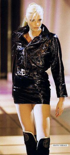 Nadja Auermann, Versace Fall 1994