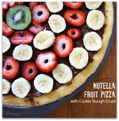 💥 Delicious Nutella Fruit Pizza With Cookie Dough Crust💥😋 Delicious Desserts, Yummy Treats, Sweet Treats, Dessert Recipes, Yummy Food, Yummy Snacks, Biscuits, Nutella Recipes, C'est Bon