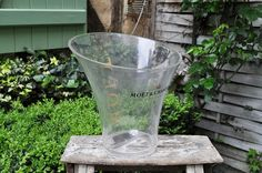French ice champagne bucket MOET ET CHANDON / Plastic
