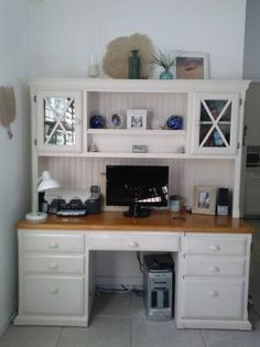 ~off white hutch desk~ file drawer two tone top 3 drawers (one with file & lock) 5 electrical outlets keyboard drawer turn on/off from desk hides tower 2 door cabinet above with glass phone outlet... $450