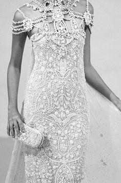 Vestido inspirado en el look de Mata Hari. Como vestido de novia... ¡¡Fabuloso!!