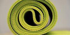 7 choses à savoir avant d'acheter son tapis de yoga