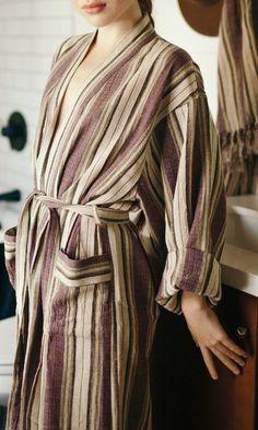Hürrem Handwoven Robe