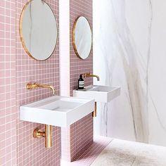 Home Interior Inspiration .Home Interior Inspiration Bad Inspiration, Bathroom Inspiration, Interior Design Inspiration, Home Decor Inspiration, Design Ideas, Design Trends, Design Design, Tile Design, Design Projects
