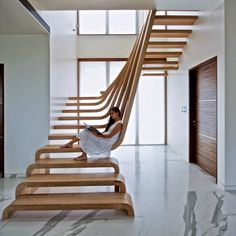 Scary Cool Spinal Staircase is Eerie and Elegant | DesignDaily