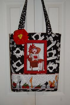 For those left over panel pieces Patchwork Bags, Quilted Bag, Sewing Stitches By Hand, Lorie, Japanese Bag, Denim Purse, Purse Patterns, Fabric Bags, Cloth Bags