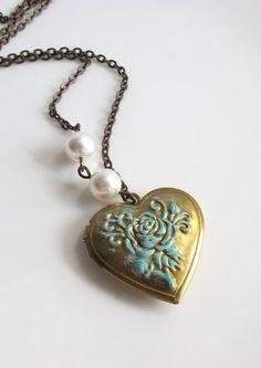 Heart Locket Necklace. Vintage Shabby Chic Rose Patina Locket. Brass Photo Locket with White Swarovski Pearls Necklace Antiqued Brass Chain