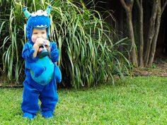 Monster costume so cute :D Cute Costumes, Super Hero Costumes, Halloween Costumes, Costume Ideas, Monster Party, Monster Mash, Festival Of The Dead, Monster Costumes, Fauna