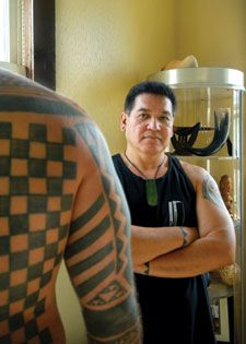 Keone Nunes: Growing up in Wai'anae, Hawaii, Nunes now lives and tattoos in West O'ahu. There are no books filled with tattoo designs in Nunes' tattoo room, just as there is no tattoo studio where he does his work. He has no website, no contract to have his own reality TV tattoo show. He knows 175 various motifs in the Hawaiian tattooing tradition, which are mostly based in the genealogy.