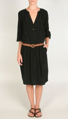 LUV these kinda loose dress up or down dresses for all year around...!