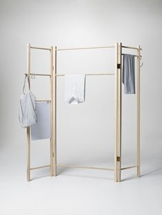 360 Degrees Foldable Garment Rack | furniture . Möbel . meubles | Design: Anonym Design |  Nomess |