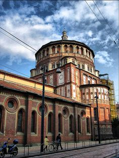 Santa Maria delle Grazie is a church and convent in Milan famous for the mural of the Last Supper by Leonardo da Vinci, which is in the refectory of the convent. Address: Via Giuseppe Antonio Sassi, 20123 Milan, Italy Opened: 1490 Renaissance Architecture, Historical Architecture, Classic Architecture, Architecture Details, Naples, Milan Travel, Lake Como Italy, Italy House, Best Of Italy