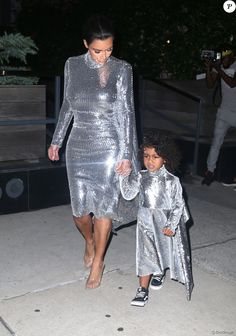 Kim Kardashian et sa fille North West à New York, le 5 septembre 2016.