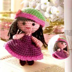 Bonequinha de Crochê