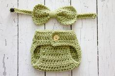 Crochet Newborn baby boy hat and bow tie set by Stephyscrochet, $25.00