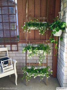 parveke,parveke kukat,heinäseipäät,sisustustikkaat,heinäseivästikkaat