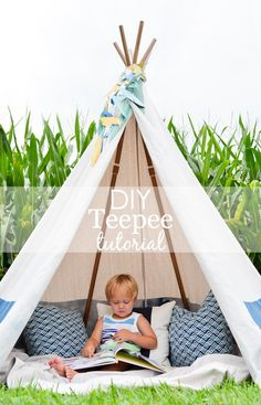 Perfect for a transitional nursery, kids room or playroom, this DIY no-sew teepee idea will quickly become your kids' new favorite place to read and play. Adding a cute paper feather garland, a blanket and some pillows makes this teepee the place to be! No Sew Teepee, Teepee Kids, Teepees, Diy Tipi, Diy Teepee Tent, Play Tents, Tutorial Tipi, Tutorial Sewing, Project Nursery