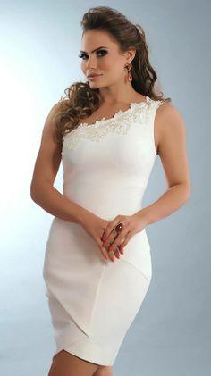Vestido Malha Onix com Guipir — TRINTEI SHOP