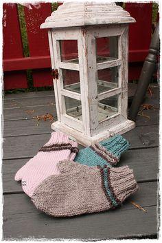 Ravelry: October children`s mittens pattern by Guri Østereng Halvorsen Mittens Pattern, Ravelry, October, Knitting, Children, Easy, Design, Young Children, Boys