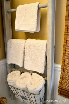 ladder for bathroom storage