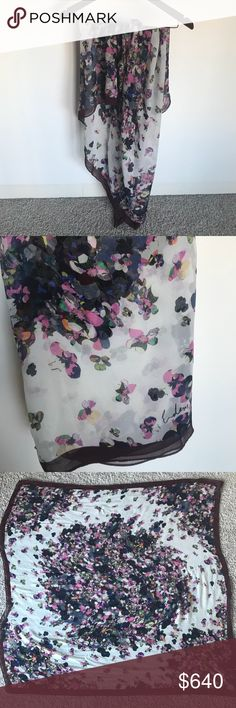 ERDEM. Pics are worth 1000 words. Enough said.🤓 ****SINGLE-ITEM PRICE IS FIRM**** -All items in my closet are authentic  -Same-day ship promise when possible! -Ask questions, inspect photos, and fully understand condition prior to purchase. ANY flaws/ wear (&perfections) are considered in price as listed.  🌟Basically all you need to know is this silk scarf is IMPECCABLE.  -Authentic; bought at Full Price, want to say SS12? -Oversized, square, 100% Silk, most beautiful scarf you've ever…