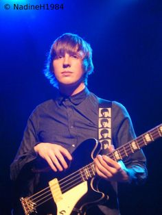 Young Rebel Set - Bassist by Nadine Hergesell